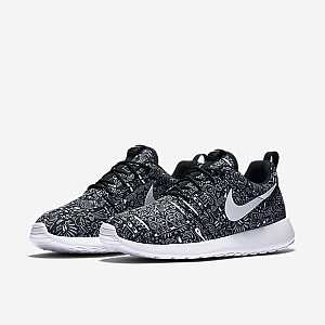 GIAY-THE-THAO-NU-Nike-Roshe-One-Print